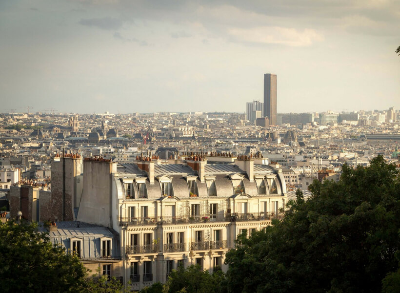 The catacombs and the Montparnasse neighborhood. A view towards Montparnasse.