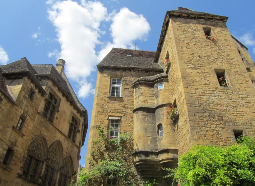 Sarlat, Lascaux and Places We Love in the Dordogne Episode: medieval homes in Sarlat