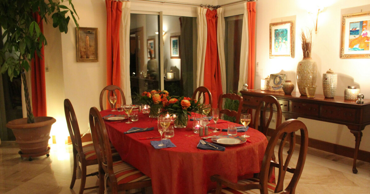 table setting for a formal occasion in France: table manners in France episode