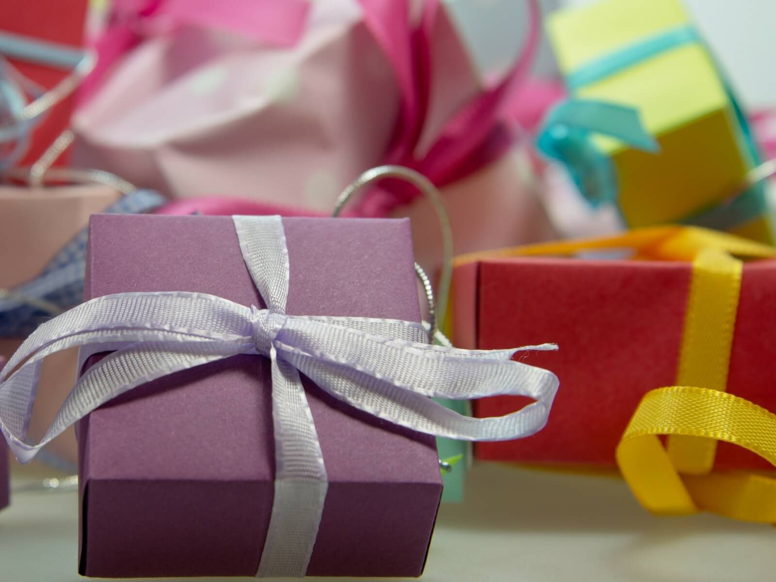 Gifts for Francophiles, packages and bows