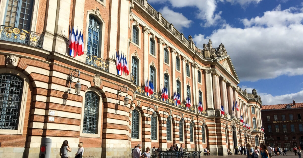 Place du Capitole Toulouse, Ultimate Guide to Toulouse Episode