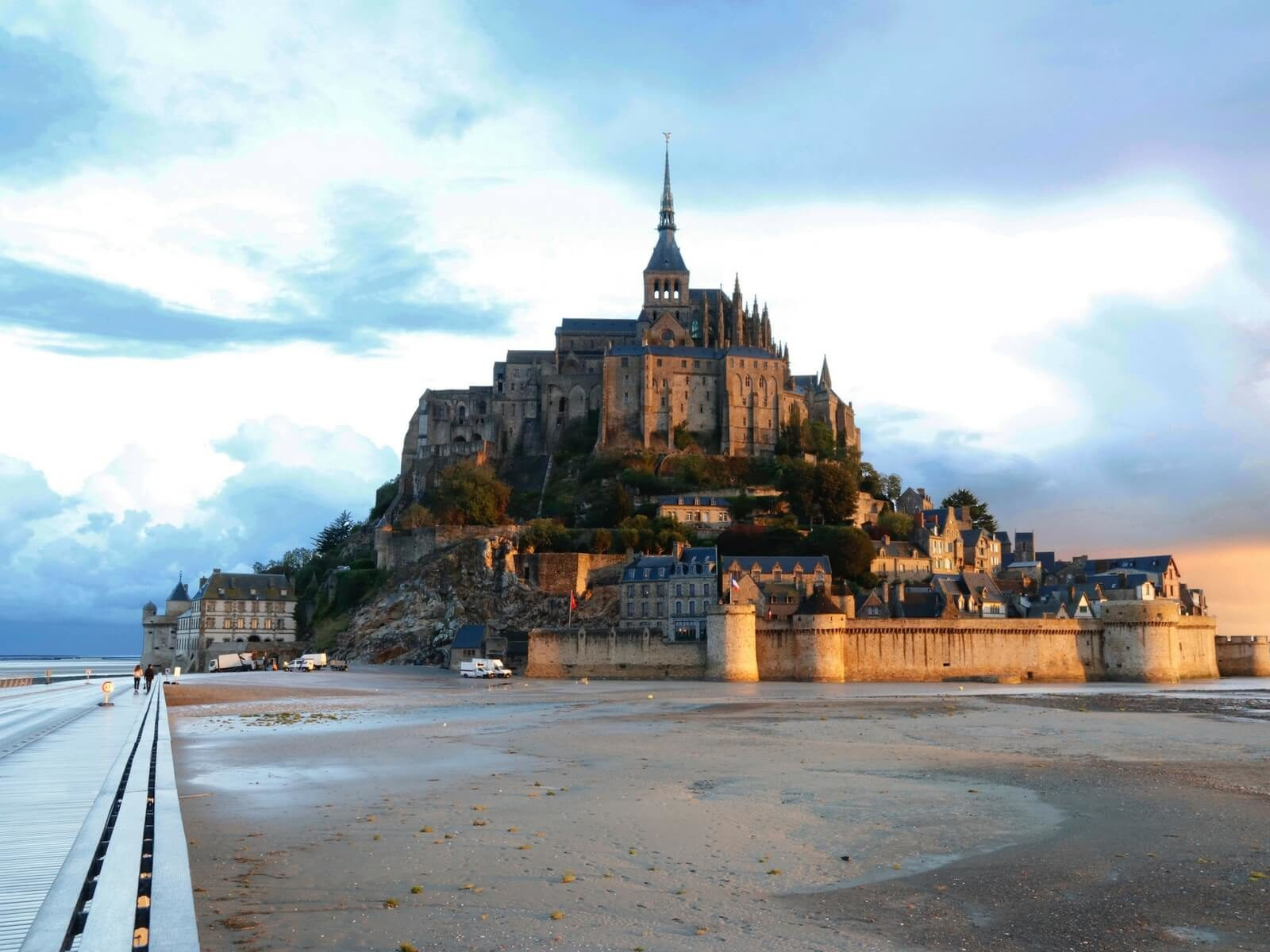 Mont Saint Michel History, the Mont Saint Michel at low-tide