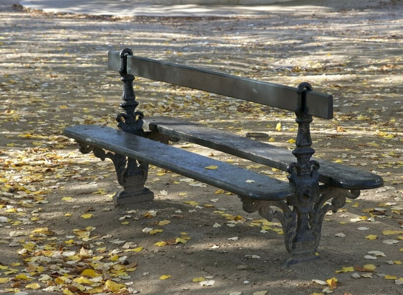 Empty park bench in Paris