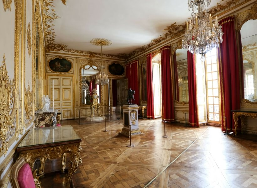 a room in the private apartments of Versailles; day trip to versailles from paris