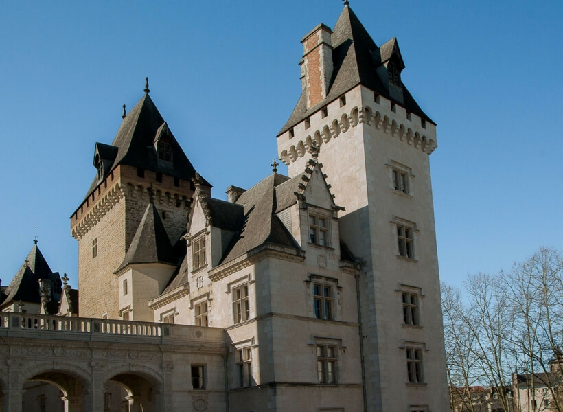 up-close view of the towers of the chateau of pau