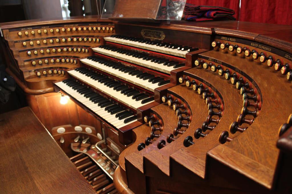 the church organ at saint sulpice church in the saint-germain-des-pres neighborhood in paris