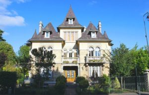 Le Castel Guesthouse in Bayeux