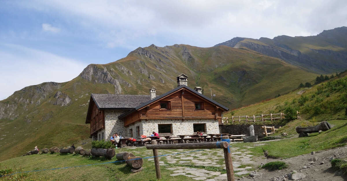 alpine chalet along the tour du mont blanc