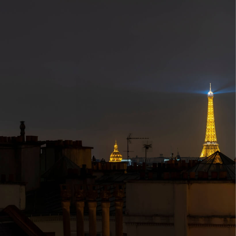 Paris rooftops and the Eiffel Tower in the fog: 4 days in Paris episode.