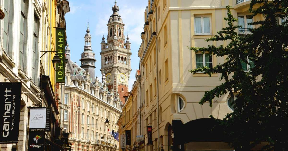 Flemish style facades in Lille: vist to lille episode