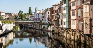 Agout river going through Castres: Lautrec and Castres in the Tarn episode