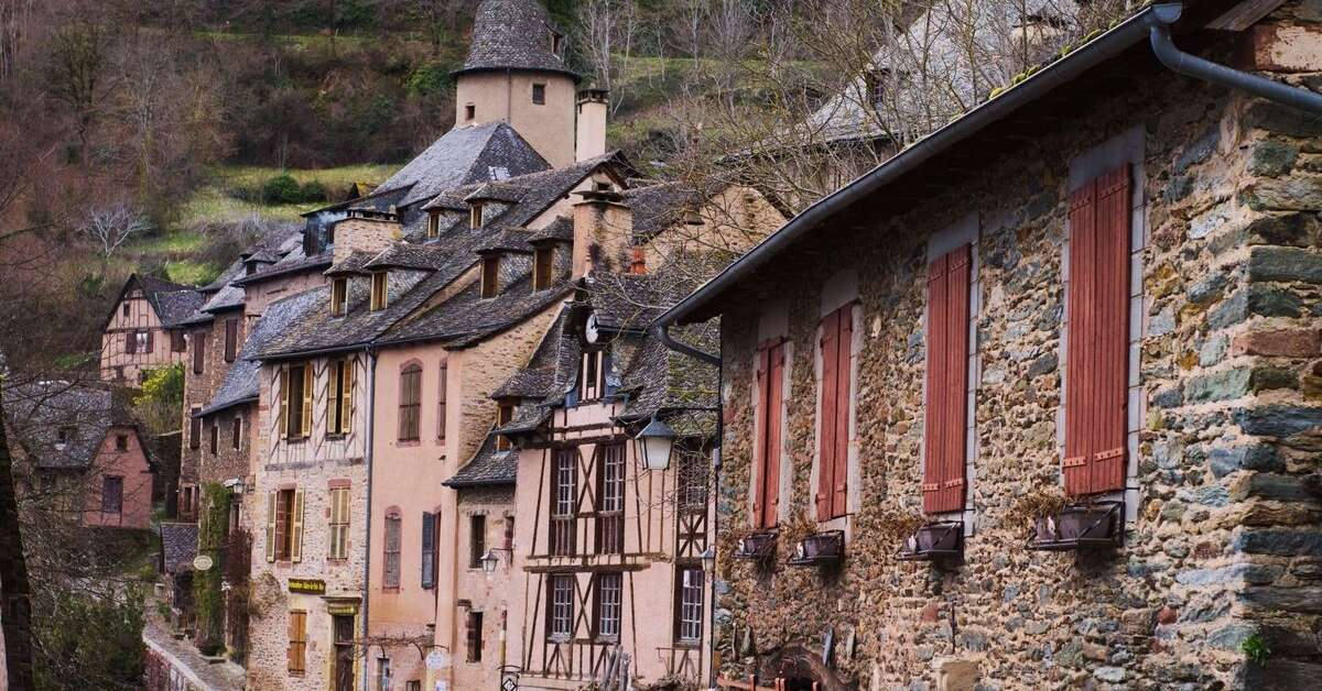 The Medieval of Conques: colorful street