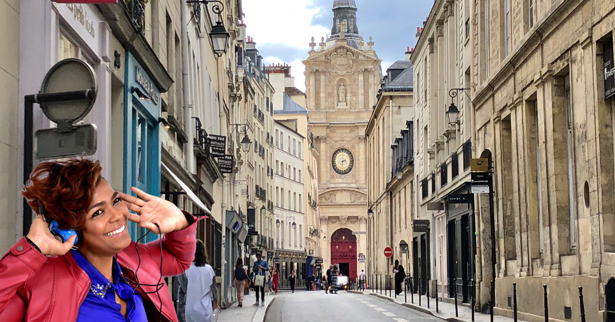 Woman enjoying Le Marais audio tour