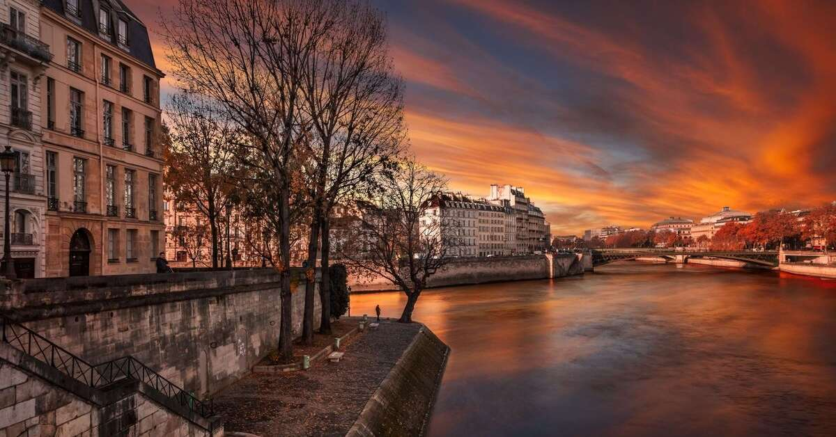 The banks of the Seine river at sunset