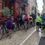 Provence cycling tour: group ready to go!
