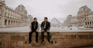 Erenesto and his brother at the Louvre: brothers meet in Paris episode