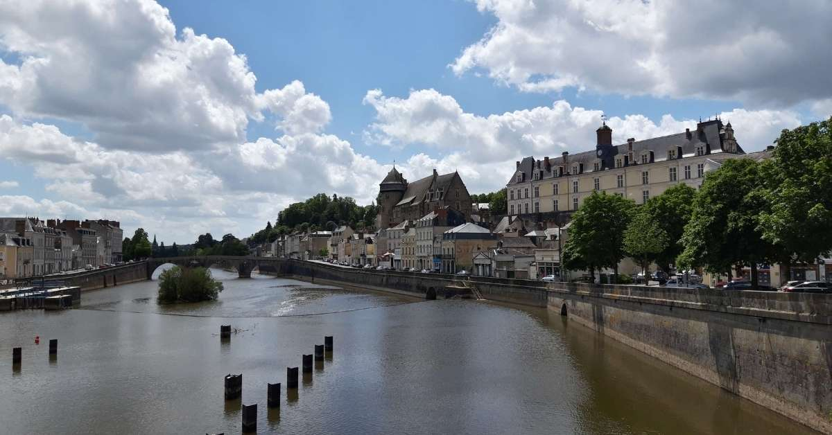 The Mayenne River in Laval: New life in the Mayenne episode
