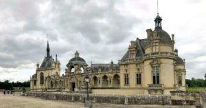 The entrance plaza of the Chateau de Chantilly